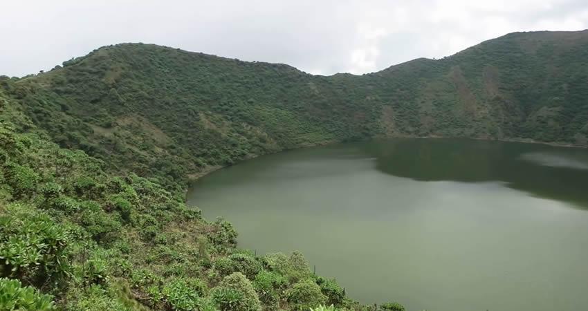 1 Day Mount Bisoke Hike in Rwanda